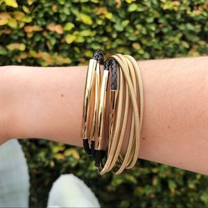 Jewelry - Black leather and gold bracelet